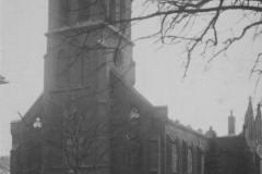 Der ausgebrannte Kirchturm der Kath. Kirche Moers 1929